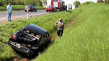 Kolejny wypadek, a rządowi kierowcy prywatnie wykupują ubezpieczenie