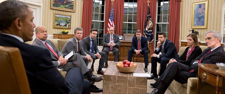 Tymi zdjęciami z czasów Obamy się nie chwalono. Ale jego fotografowie je ujawnili