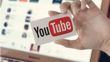 """Google może stracić dwóch największych reklamodawców. Odkryli, że """"sponsorują"""" ekstremistów"""