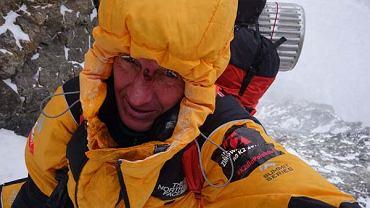 Sensacyjne doniesienia spod K2. Denis Urubko bez informowania kierownictwa sam atakuje szczyt!