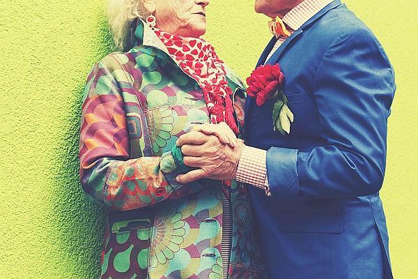 """""""Seksem można i należy cieszyć się do późnej starości. Mówię to ja, 81-letni starzec"""". Ostatnia książka prof. Vetulaniego"""